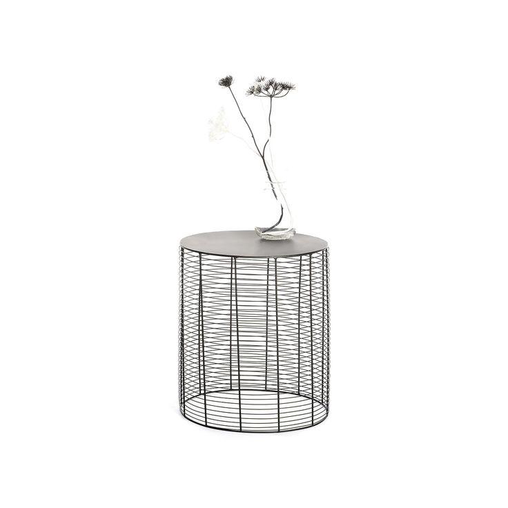 die besten 25 beistelltisch metall ideen auf pinterest beistelltisch aus metall. Black Bedroom Furniture Sets. Home Design Ideas