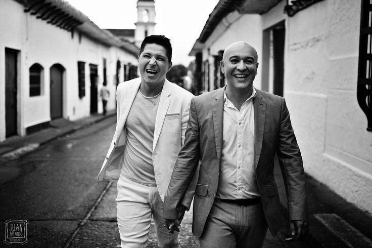 Juan Arango Fotografo Medellin, el amor triunfa sobre todas las cosas