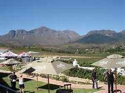 Val du Charron Wellington   Wine and Olive Estate  Pizza Restaurant and Grill  Childfriendly: lawns and fountain play area