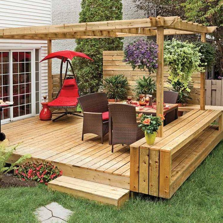 pergolas en bois et petite terrasse de desing contemporain