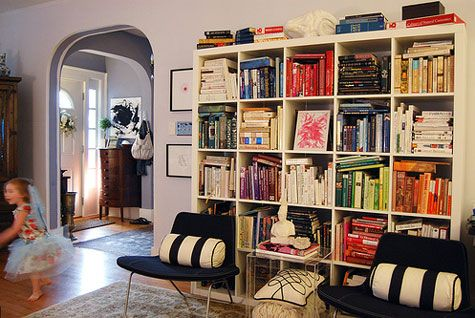 g: Living Rooms, Bookcases, Decor Squares Bookshelves, Colors Codes, Codes Bookshelves, Colors Blocks, Colors Coordinating, Books Storage, Shelves United