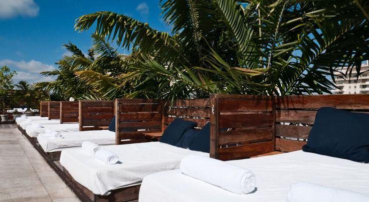 Catalina Hotel & Beach Club, Swimming pool