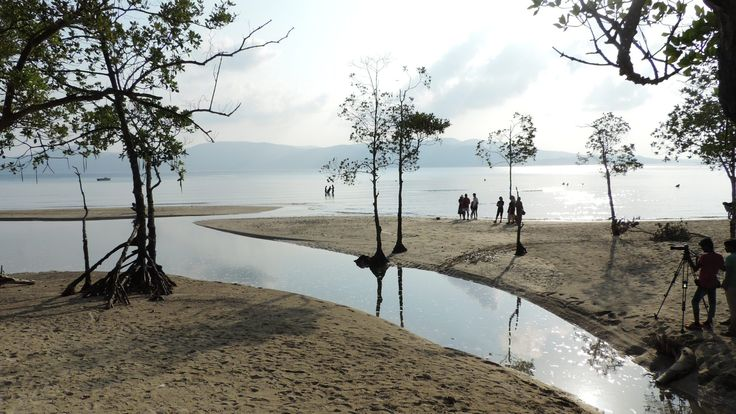 The Andaman and Nicobar Islands, one of the seven union territories of India, are a group of islands at the juncture of the Bay of Bengal and Andaman Sea.