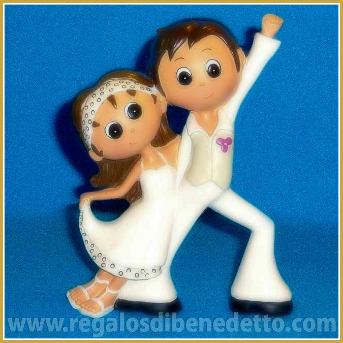 Para unos #novios muy marchosos!. Figura para #Tarta de #Bodas • #Weddings #CakeTopper