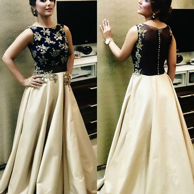 @_hinakhan_ love the princess look that our @kalkifashion gowns offer 😍😇❤ . . #kalkifashion #fashion #hinakhan #yehrishtakyakehlatahai #yehrishtakyakehelatahai #instashare #instagood #starplus #indianwedding #cape #lehenga #sequindress #bride #indianbride #actress #navratri #mumbai #shopping #suit #sari #bollywood #actor #slay #wedding #decor #followforfollow #bridetobe #bridesmaid #fashionista #style