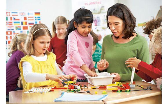 Ensemble de construction LEGO® Education WeDo - Brault et Bouthillier