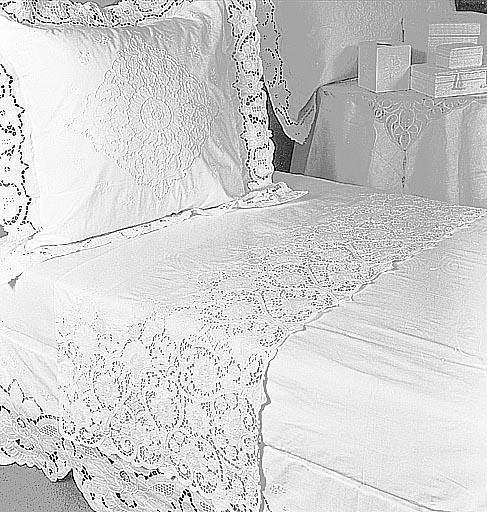 Handmade embroidery, cutwork bed linen, percale 100% cotton
