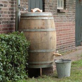 Regenton maken van wijnvat