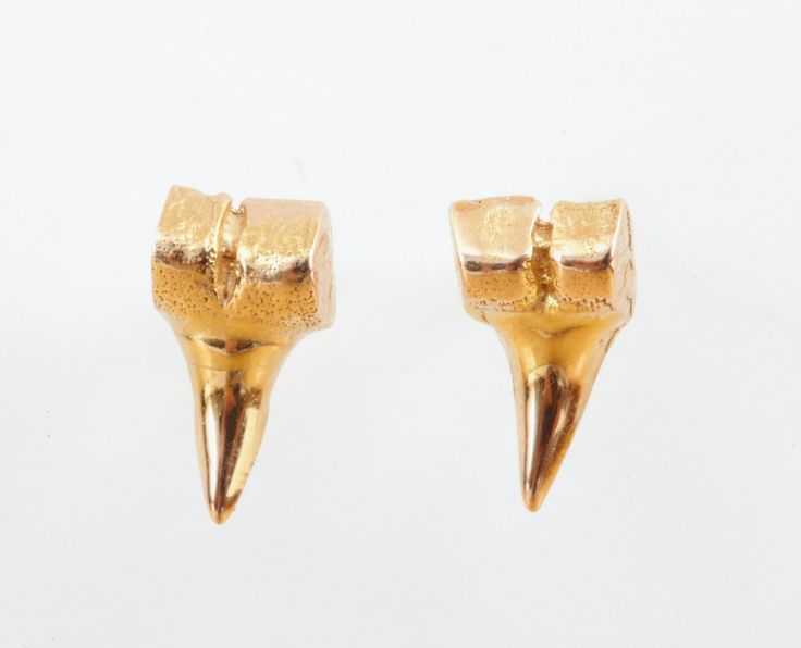 And these: Shark Tooth, Tooth Earrings, Tooth 320, Petite Sharks, Sharks Tooth, Body Bling, Dezso Jewelry, Accessories, Fashion Stars