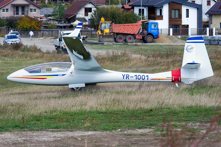 Now published at Airplane-Pictures.net Aeroclubul Teritorial Traian Dirjan Dezmir