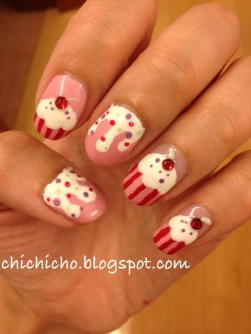 Cupcakes On My Nails! | chichicho~ nail art addicts