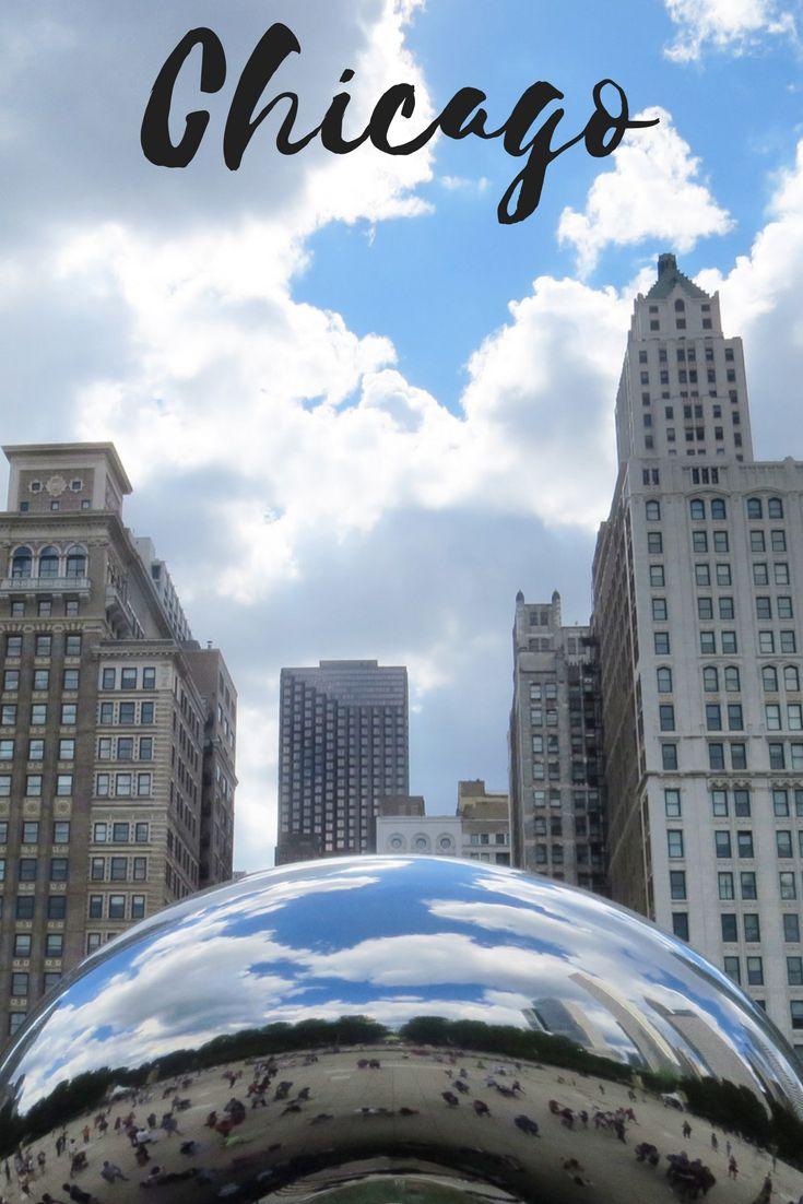 Chicago, EUA - A cidade do vento  Chicago, conhecida como a Cidade do Vento, está situada no Estado de Illinois, é a terceira cidade mais populosa dos Estados Unidos. É conhecida mundialmente por sua arquitetura, já que após o Grande Incêndio que ocorreu na cidade em 1871, vários engenheiros e arquitetos de renome foram à cidade para ajudar a reconstruí-la. Chicago foi, inclusive, uma das primeiras cidades no mundo a ter arranha-céus em seu centro financeiro!!