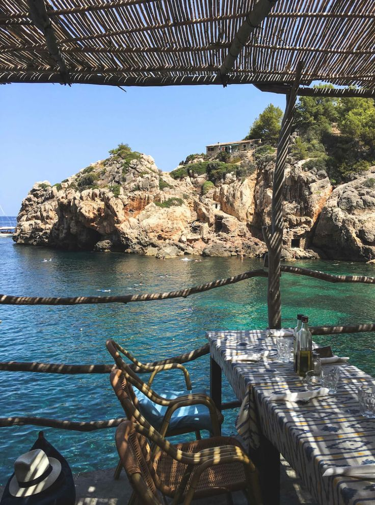 There is more to Mallorcathan partying in El Arenal. We encourage you to leave…