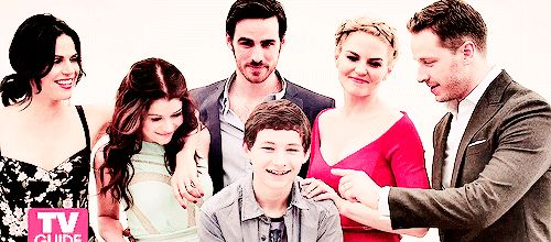 In order from left to right: Row 1: Regina-Henry's adopted mother, Belle-Henry's step grandmother, Hook-Henry's soon to be stepfather(hehe #captainswan), Emma-Henry's Biological mother, Prince Charming-Henry's biological grandfather. Row 2: Henry. What a lovely family portrait gif thingy!