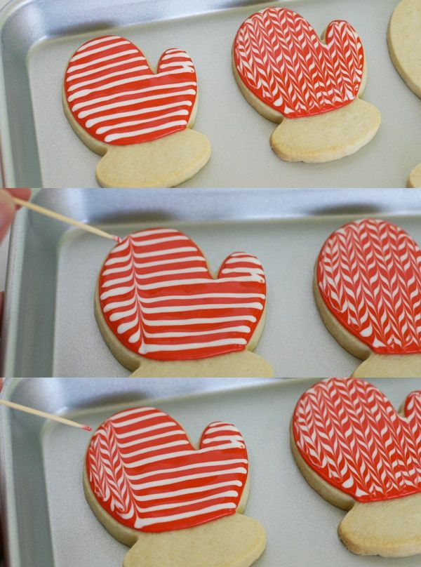 Patterned Mitten Cookies.