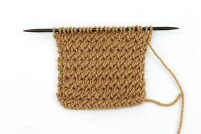 Punto de Espina Un punto poco conocido, muy sencillo y en relieve. El tejido queda bastante compacto y grueso Blog Tienda de Lanas Paca La Alpaca