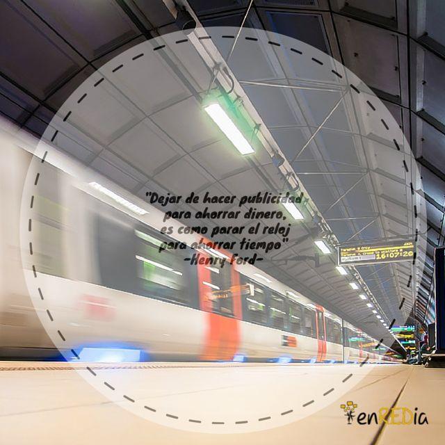 """""""Dejar de hacer publicidad para ahorrar dinero, es como parar el reloj para ahorrar tiempo"""" -Henry Ford- #frasescélebres #notas #citas #quote #positivo #redessociales #communitymanager #socialmediamarketing #socialmedia #sm #marketing #enredia"""
