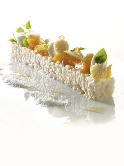 Jasmijnrijstpap met geconfijte abrikozen http://njam.tv/recepten/jasmijnrijstpap-met-geconfijte-abrikozen