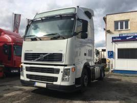 nákladní Volvo FH 13 .440 MANUAL , tahač nafta Praha 9 - Horní Počernice,bílá