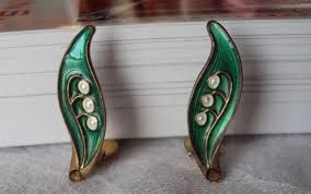 lily of the valley - Google otsing Vintage Lily of The Valley Enamel Vermeil Arne Nordlie Norway Sterling Earrings Clip
