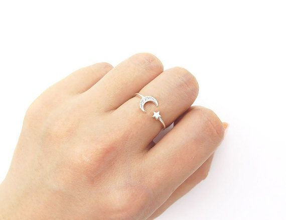 Star and moon ring / Adjustable ring / Sterling by MinimalBijoux