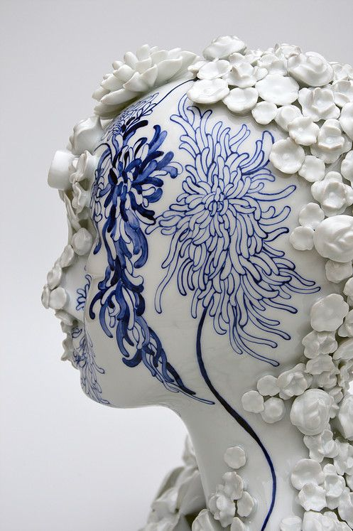 Juliette Clovis - Contemporary Porcelain - Unique contemporary ceramic sculptures, made in Limoges porcelain. Ceramic art
