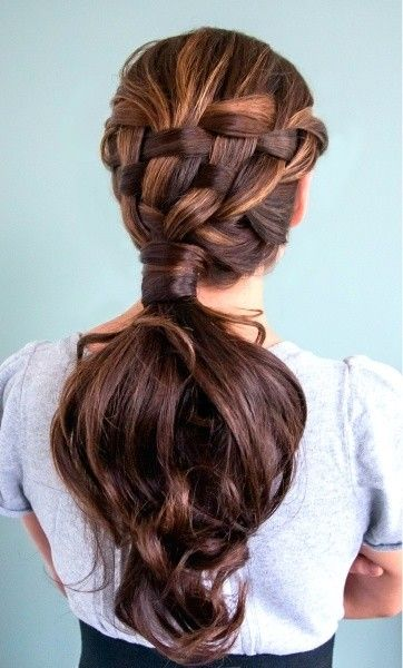 Beautiful Braided Ponytail Hairstyle for Women