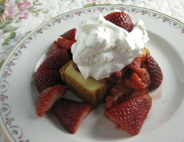 Make a Delicious and Easy Strawberry Shortcake In 15 Minutes: Easy Strawberry Shortcake