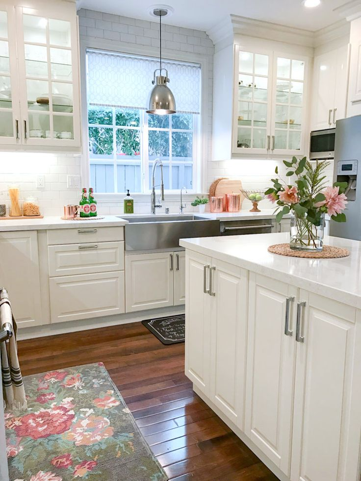 25 best ideas about white farmhouse kitchens on pinterest cottage kitchen decor country - Small kitchen design pinterest ...