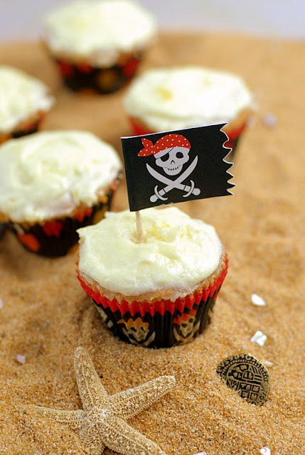 Drunken Sailor Rum Cupcakes with Pineapple Frosting | Boulder Locavore