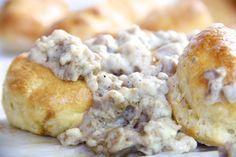 Skinny Turkey Sausage Gravy by Skinny Girl Standard, a low-calorie food blog