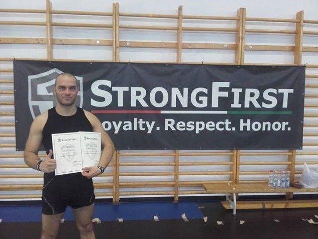 """Váš """"Môj osobný tréner"""" úspešne ukončil SFG1 kettlebell instruktor certifikáciu organizácie Strong First ;) #SFG1 #StrongFirst #MojOsobnyTrener #Kettlebell #MichalLakatos"""