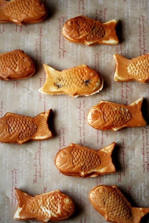 Taiyaki, Japanese fish-shaped pancake filled with red bean paste
