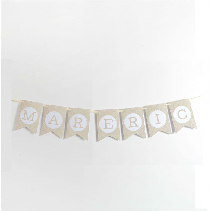 Banderín en tonos cremas para poner el nombre de los novios