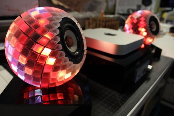 ลำโพง LED พิมพ์ด้วยเทคโนโลยี PolyJet จาก Stratasys