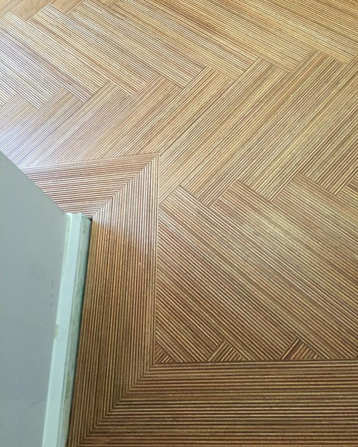 MAXI Edge URBAN Herringbone flooring