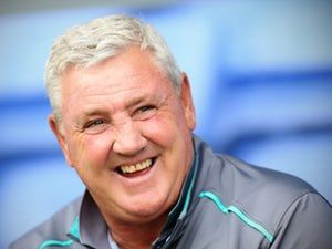 Steve Bruce: 'Manchester United cannot park the bus against Liverpool'