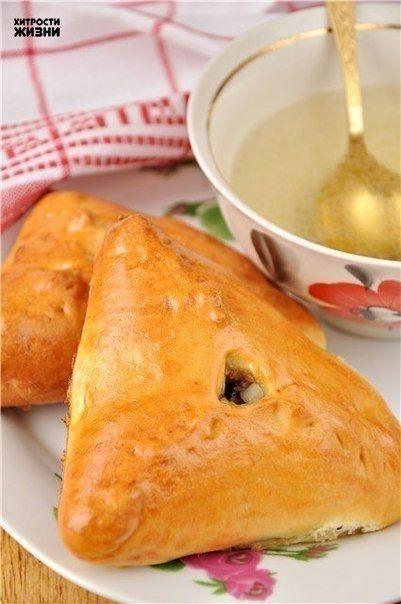 Фото к рецепту: Как приготовить эчпочмак (треугольные пироги с картошкой и…