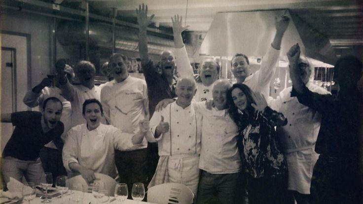 Productie Pluijm's eetbare wereld Nederland. Opname Amsterdam bij heren kookclub met Rick Felderhoff
