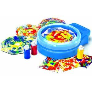 PlayDrMom shares one of her most favorite techniques to use in play therapy ... SPIN ART.