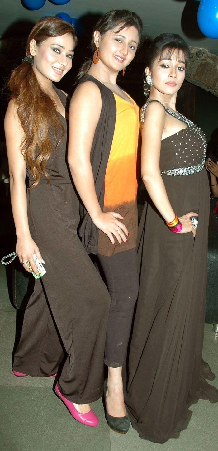 Tina dutta and Rashmi Desai
