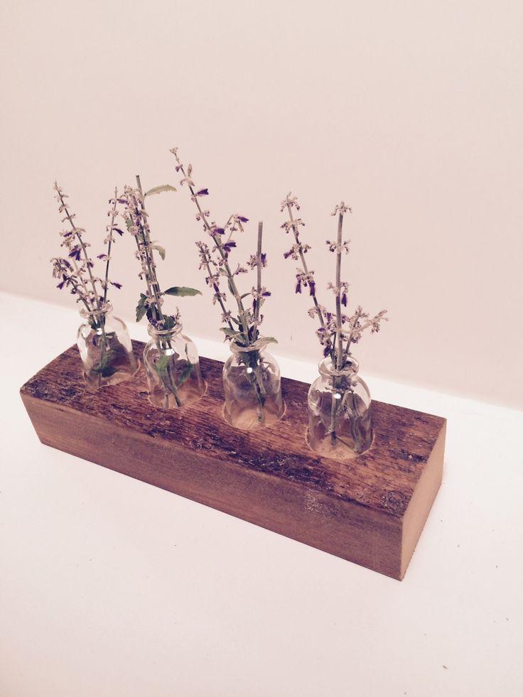 FLOWER HOLDER created by LEVENTHAL-VERMAAT DESIGN