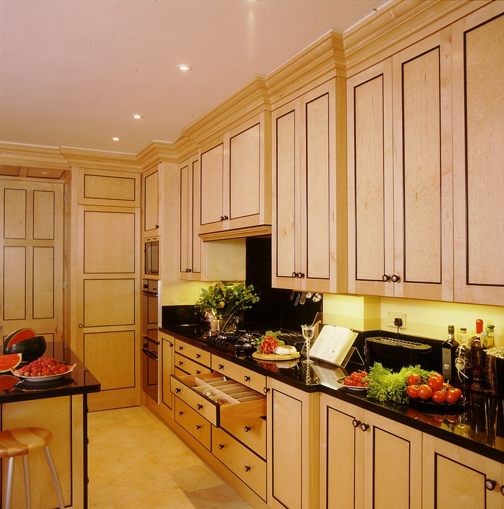 Biedermeier kitchen traditional kitchen london tim for Elegant traditional kitchens