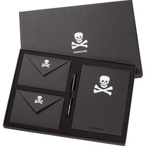 Skull Stationery Set. This would be my go to set ! I love this !