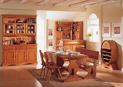 Taverna in legno composta da Tavolo, credenza panca e molti altri articoli in legno  Contattaci per un preventivo.  Prezzi fabbrica