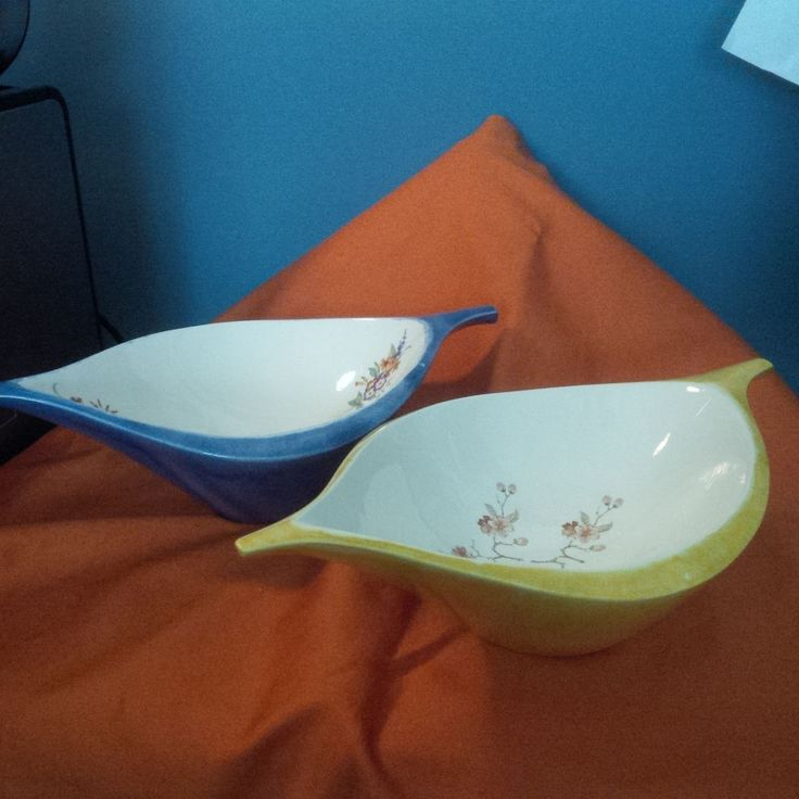 Midcentury Bowls Gold and Blue Floral 11 inch  (J) #unknown
