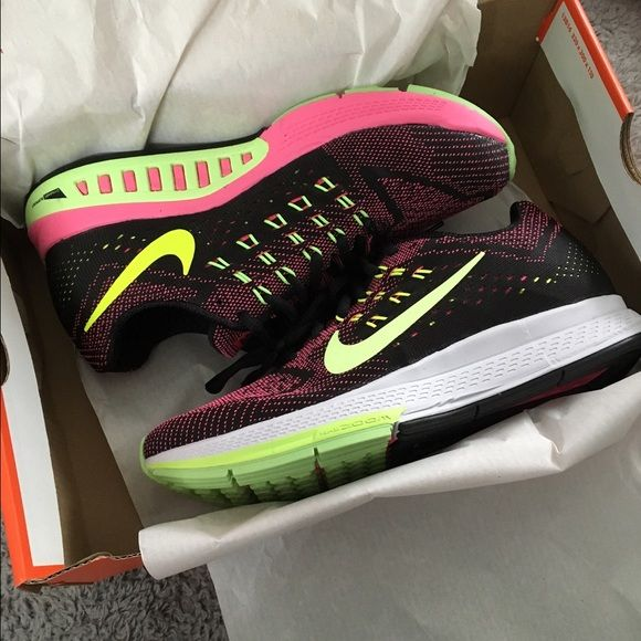 online store 5e6b9 93219 ... cheap nib womens nike air zoom structure 18 black running shoes size  8.5w black running