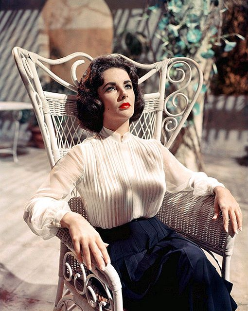 Suddenly, Last Summer (1959) trailer Elizabeth Taylor. Gay cousin Sebastion casts aside his mother (Hepburn) for a younger decoy (Taylor) to lure street boys for sex while on summer holiday. He feeds them drugs, but they eventually turn on him & devour him, which his cousin (Taylor) witnesses. Now his mother wants her to have a lobotomy to conceal the truth. (please follow minkshmink on pinterest) #elizabethtaylor