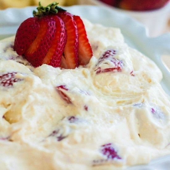 Strawberry Cheesecake Salad... delicious and super easy to make!!!