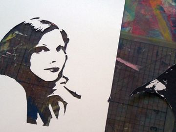 great tutorial on making a self-portrait stencil... going to try this someday